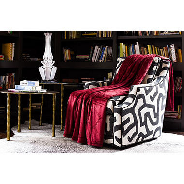 Fraiche Maison Hot Pressed Velvet Plush Blanket, Rumba Red