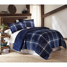 The Lodge Collection 3-Piece Comforter Set (Assorted Sizes)