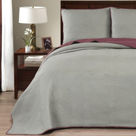 Brielle Wave Reversible Quilt and Sham Set (Assorted Sizes and Colors)