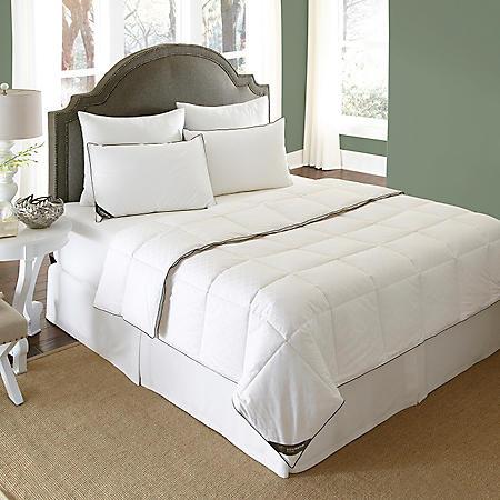 BEHRENS England 300 Thread Count Down Blend Comforter