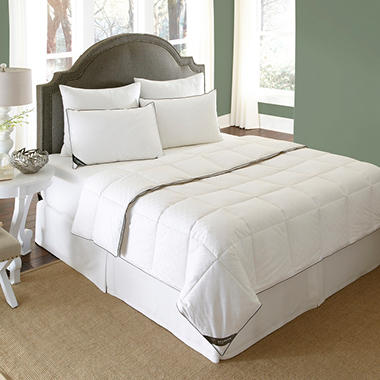 BEHRENS England 300 Thread Count Down Blend Comforter