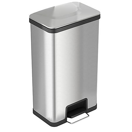 iTouchless AirStep 18 Gallon Step-On Kitchen Stainless Steel, Trash Can with Odor Control System, Silent and Gentle Lid Close
