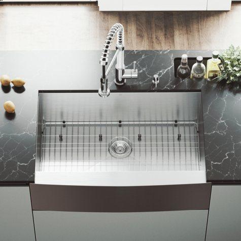 """VIGO 33"""" Farmhouse Stainless Steel Kitchen Sink, Grid and Strainer"""
