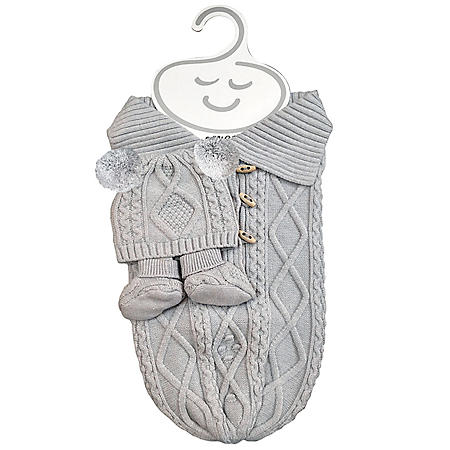 NYGB Fisherman Cable Snuggle Sack, Pom-Pom Hat and Booties Newborn Set, Cloud