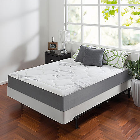"Zinus Night Therapy Memory Foam 10"" Cloud Queen Mattress and BiFold Box Spring Set"