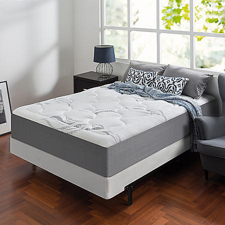 "Zinus Night Therapy Memory Foam 12"" Cloud King Mattress and BiFold Box Spring Set"