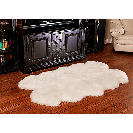 "100% Genuine Sheepskin Rug, 70"" x 44"""