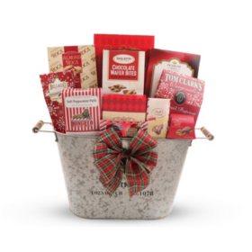 North Pole Favorites Gift Basket