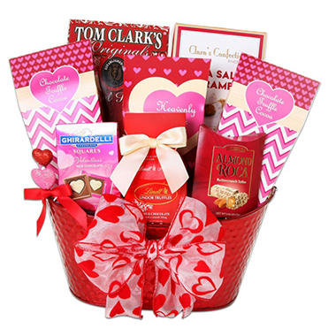 Charming Valentines Basket Pictures Inspiration - Valentine Ideas ...