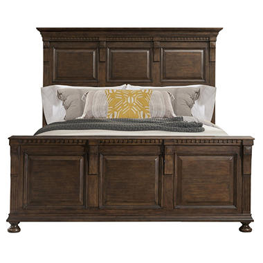 Henry Bed (Assorted Sizes)
