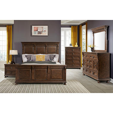 Henry Bedroom Furniture Set (Assorted Sizes)