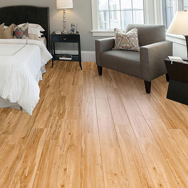 Select Surfaces Honey Maple Laminate Flooring Sam S Club