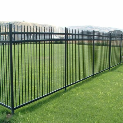 Aspen Style 3 Rail Steel Fence Kit, Powder Coated Black (6.5u0027