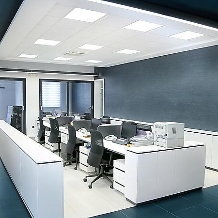 Retrofit Lighting 2' x 2' LED 40W Panel Light (Warm White, 4000K)