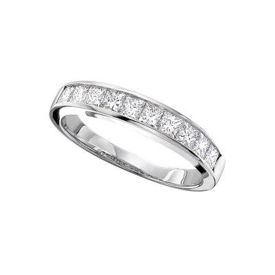 033 ct tw Ladies Princess Cut Diamond Wedding Band HI SI2