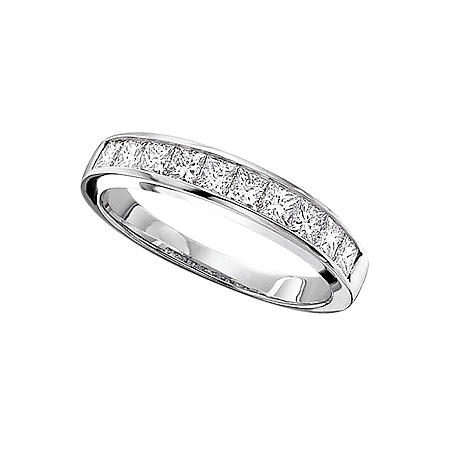 0.33 CT. T.W. Ladies Princess Cut Diamond Wedding Band (H-I, SI2)
