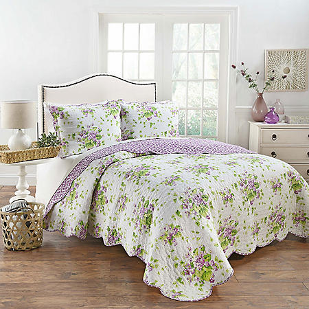 Lilac Dreams 3-Piece Reversible Quilt Collection (Assorted Sizes)