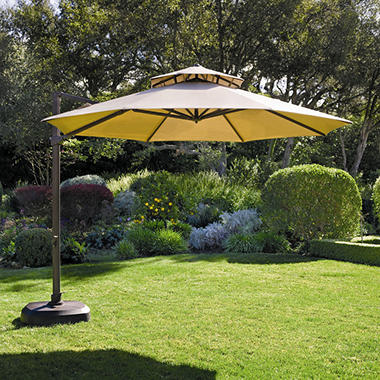 Charming Off Set Cantilever Umbrella   11 Ft.