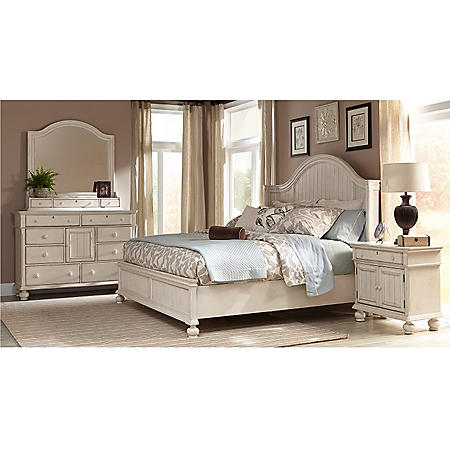 Southington Bedroom Furniture Set (Assorted Sizes)