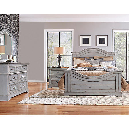 Highland Creek Bedroom Furniture Set, Weathered Gray (Assorted Sizes)