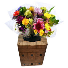 12 Stem Signature Mixed Bouquets with Display Box (120 stems)
