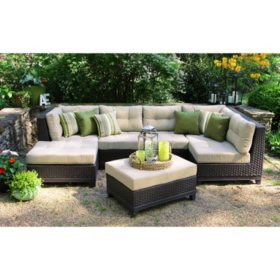 Hillborough 4-Piece Sectional with Sunbrella Fabric